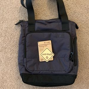 Pacsafe Citysafe Anti-Theft Tote